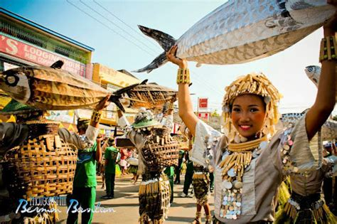 pattaraday festival araw ng santiago mytravellingitchyfeet