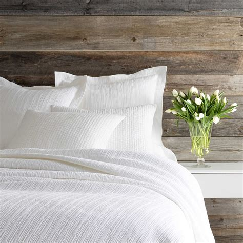What Is A Coverlet by Hardwood White Matelass 233 Coverlet Pine Cone Hill