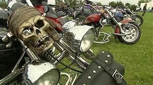 Harley Davidson Fr : evreux capitale d 39 un jour des motos harley davidson france 3 haute normandie ~ Medecine-chirurgie-esthetiques.com Avis de Voitures