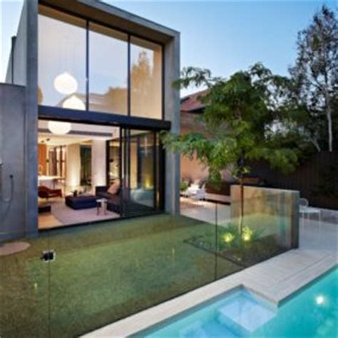 Steel Concrete And Home With Central Courtyard by Concrete Homes Designs Inspiration Photos Trendir