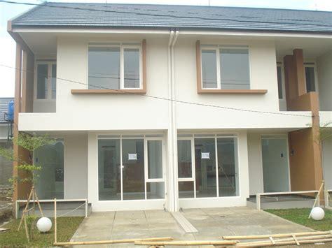 beragam model desain rumah  lantai minimalis atap