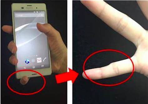 what does e on phone holding your smartphone like this could lead to a deformed