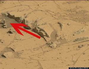 Science Around the World: 'Traffic Light' On Mars Spotted ...
