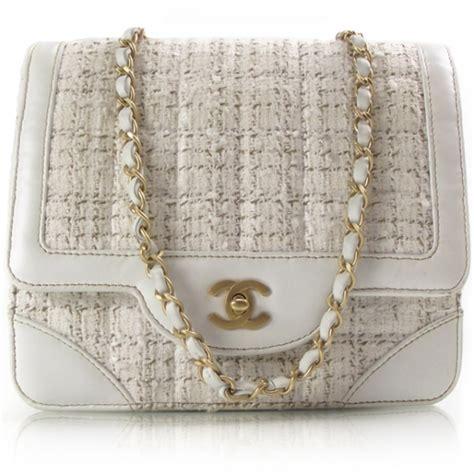 chanel vintage tweed flap bag white