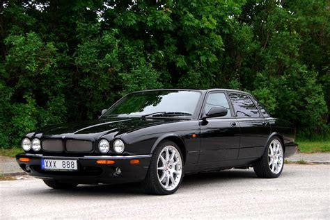 Fil:Jaguar xjr 100.jpg – Wikipedia