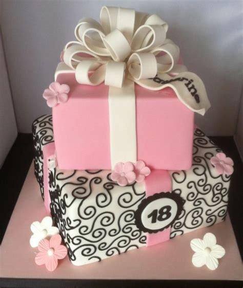 fondant torte 18 geburtstag 1001 ideen f 252 r torte zum 18 geburtstag f 252 r