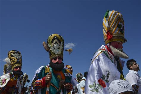 Why Do People Celebrate Cinco De Mayo? Facts And History ...