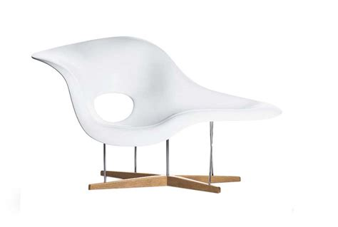 la chaise lounge chair la chaise by charles and eames for vitra