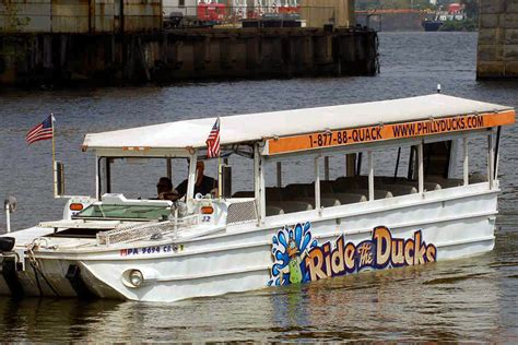 Duck Boat Tours In Philadelphia by Ride The Ducks Suspends Operations In Philadelphia Philly