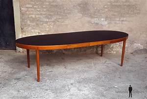 Table Ovale Scandinave : table ovale rallonges scandinave en teck ostergaard plateau noir ~ Teatrodelosmanantiales.com Idées de Décoration
