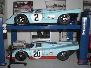 1 18 Porsche Workshop Diorama And Diecast Cars Collection