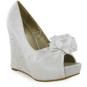 white wedding wedges shoes bridal shoes low heel 2014 uk wedges flats designer photos pics images wallpapers bridal shoes