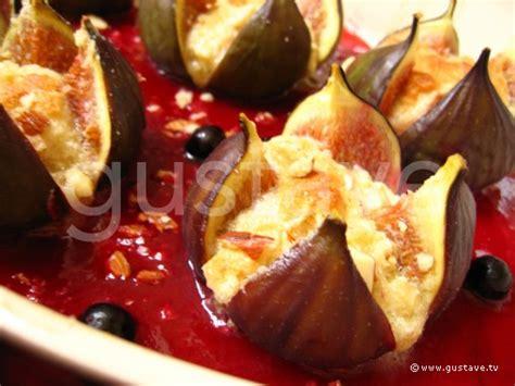 figues aux amandes et au coulis de framboise la recette