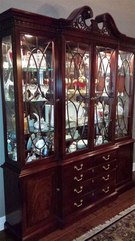 thomasville mahogany china cabinet  mahogany dining set