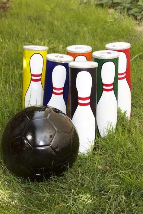 garten bowling aus pringles dosen und schwarz bemaltem fu 223 kindergeburtstag diy spiele