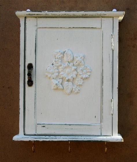 shabby chic key cabinet key box key cabinet key organizer wall hanging keys hanger cream shabby chic key holder