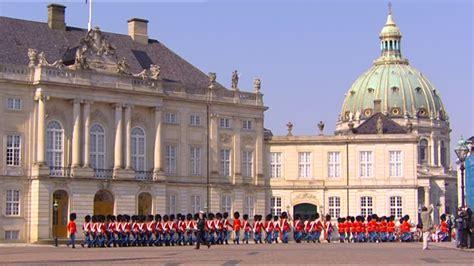 Garde Du Corps  Château D'amalienborg  Danemark Sd