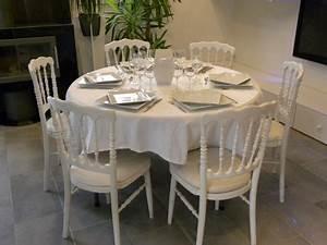 Table 6 Personnes : location de table ronde diam tre 120 cm 6 personnes brest dans le finist re ~ Teatrodelosmanantiales.com Idées de Décoration
