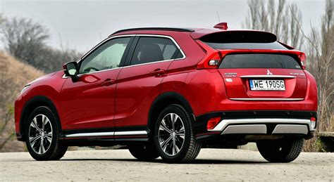 The mitsubishi eclipse cross is a compact crossover suv produced by japanese automaker mitsubishi motors since october 2017. Mitsubishi Eclipse Cross, Subaru XV - PORÓWNANIE