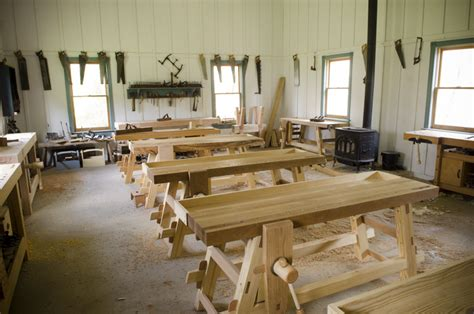 wood  shop traditional woodworking school wood  shop