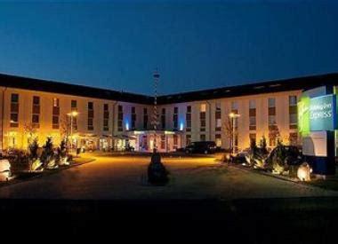 englischer garten munich direccion hotel inn express munich airport oferta hotel en