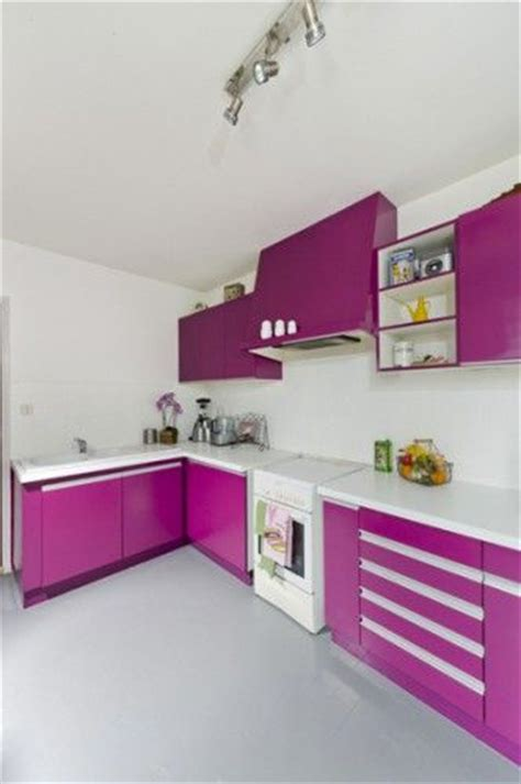 peintre meuble cuisine peinture pour meuble pour tout peindre sans poncer v33