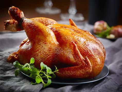 poulet fermier farci aux coquillettes foie gras