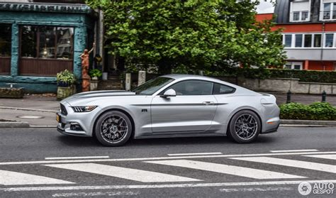 ford mustang rtr   july  autogespot