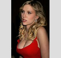 Who Is Sexier Between Emma Watson And Scarlett Johansson Off Topic Comic Vine