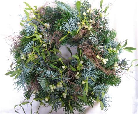 Weihnachtsbaum Aus Zweigen Binden by Adventskranz Adventskranz Tischkranz T 252 Rkranz Misteln
