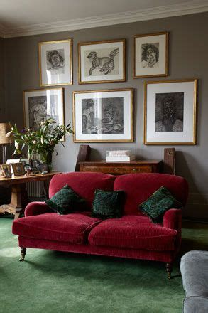room   good     green carpet