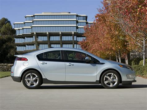 2014 Volt Range by 2014 Chevrolet Volt Price Photos Reviews Features