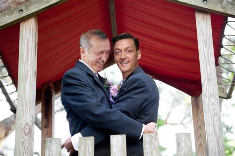 der postillon geht er jetzt zu weit oezil heiratet erdogan