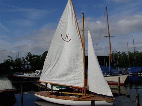 Zeilboot Eenpersoons by Zeilboot Huren Kaag Hoogenboom Kaag Sloepverhuur