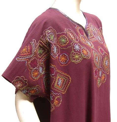 robe orientale d interieur robe d int 233 rieur manches courtes quot chadia quot couleur aubergine avec broderies noires pr 234 t 224