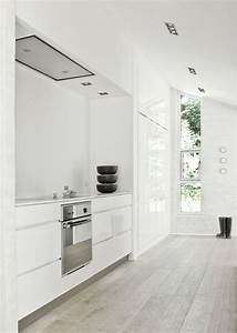 45 cozy whitewashed floors decor ideas digsdigs for White kitchen floor