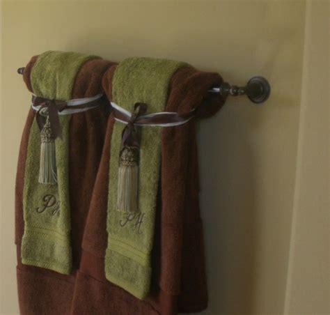 towel folding ideas for bathrooms hanging bathroom towels decoratively bathroom