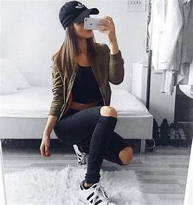 Best 25+ Mirror selfies ideas on Pinterest   Baddie outfits casual Teen party outfits and ...