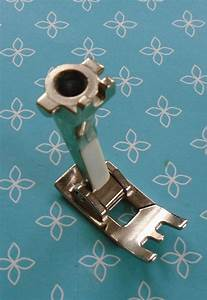 Genuine Bernina Old Style Manual Buttonhole Foot   452