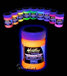 BRIGHT Ideas for a Blacklight Glow Party The BEST blog