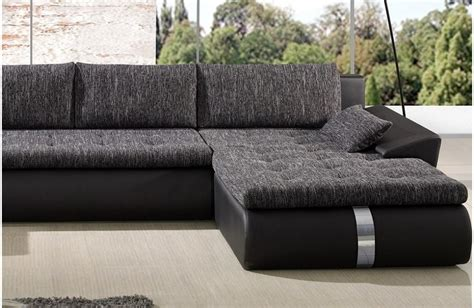 nettoyer canapé comment nettoyer un canapé en tissu conseils et astuces