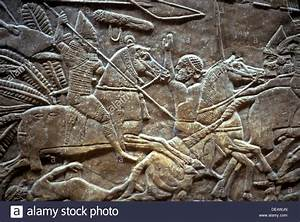 Ashurbanipal at the Battle of Til-Tuba, 650-620 BC. Artist ...