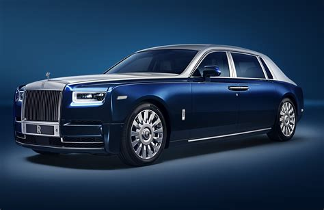 Rolls Royce Car : Block Out Peasants With Your Rolls-royce Phantom