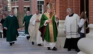 Bishop Robert Finn Criticized for Not Reporting Priest ...
