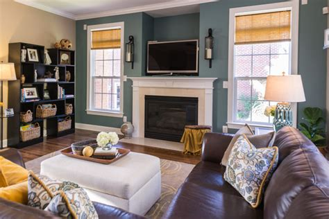 kid friendly family room decorating ideas kid friendly family room transitional family room Kid Friendly Family Room Decorating Ideas