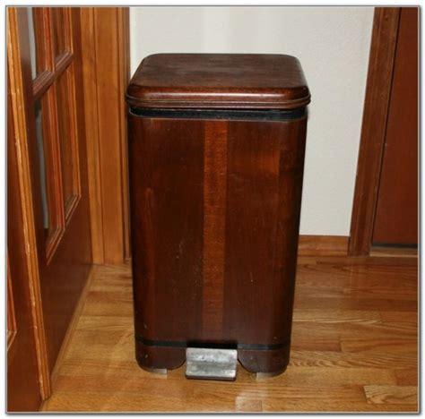 Decorative Wood Kitchen Garbage Cans   Kitchen Set : Home