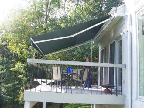 aleko retractable awning    patio awning    green discount canopies shade