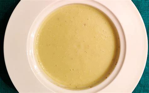 recette de soupe pommes de terre carottes et poireaux