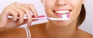 Dents Qui Se Déchaussent Photos : se brosser les dents avant le petit d jeuner est plus sain pour vos dents ~ Medecine-chirurgie-esthetiques.com Avis de Voitures