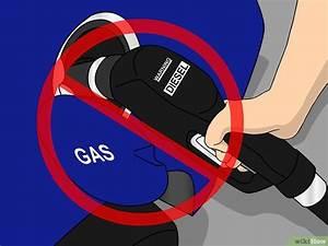 Siphonner Une Voiture : 3 mani res de vider le r servoir d 39 essence de votre voiture ~ Medecine-chirurgie-esthetiques.com Avis de Voitures